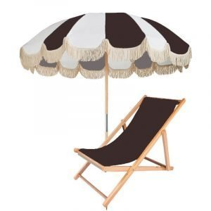 wooden pole patio umbrella with fringes (1)