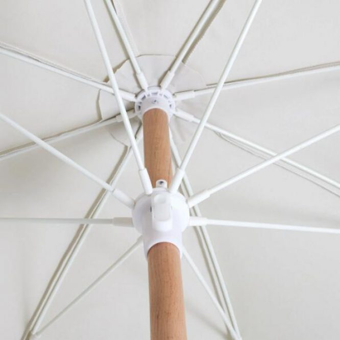 wooden-pole-beach-umbrella